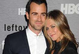 Actu star jennifer aniston s est mariee en secret avec justin theroux actu 01?alt=jennifer+aniston jennifer+aniston+et+justin+theroux+se+seraient+mari%c3%a9s+en+secret+en+d%c3%a9guisant+la+c%c3%a9r%c3%a9monie+en+un+anniversaire&sha=a02bf56eb71fbb67