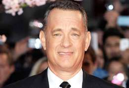 Actu people tom hanks est d%c3%a9jant%c3%a9 dans le clip de carly rae jepsen actu 01?alt=tom+hanks tom+hanks+est+d%c3%a9jant%c3%a9+dans+le+clip+de+carly+rae+jepsen&sha=b8265dcded54e8e0